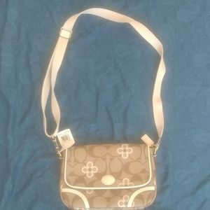 Coach purse NWT authentic